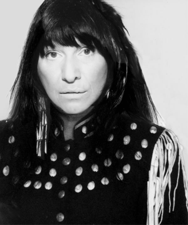 Lovely smile on Buffy Sainte-Marie